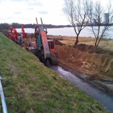 Przebudowa wału powodziowego Wisły