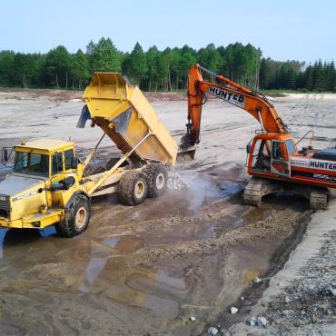 Budowa obiektów małej retencji nizinnej w Nadleśnictwie Staszów